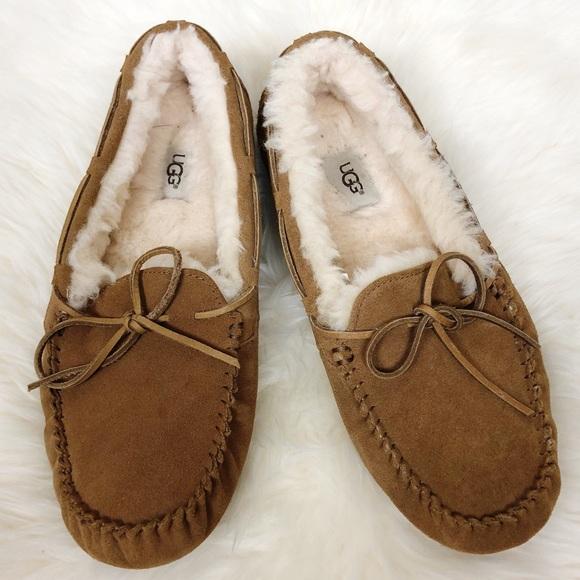 8d2e76dd5a8 Ugg Dakota Slippers Women's Size 11 Chestnut